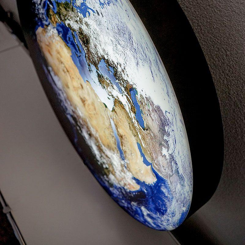 LED-Dekolampe Erde / blauer Planet, klein, Ø35cm / Detail