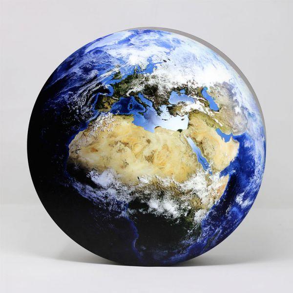 LED-Dekolampe Erde / blauer Planet, gross, Ø78cm – Frontalansicht
